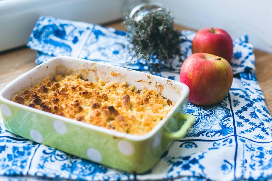 Recette de crumble reine-claude, pommes et thym